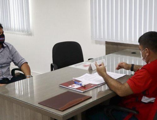 Prefeito de São Gabriel da Cachoeira recebe insumos do projeto da Embaixada dos Países Baixos